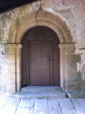 https://navamuel.es/images/IglesiaInterior/Puerta.jpg